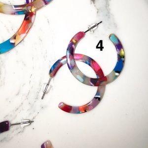 Jewelry - LAST ONE⭐️Marble Muti-color Hoop Earrings